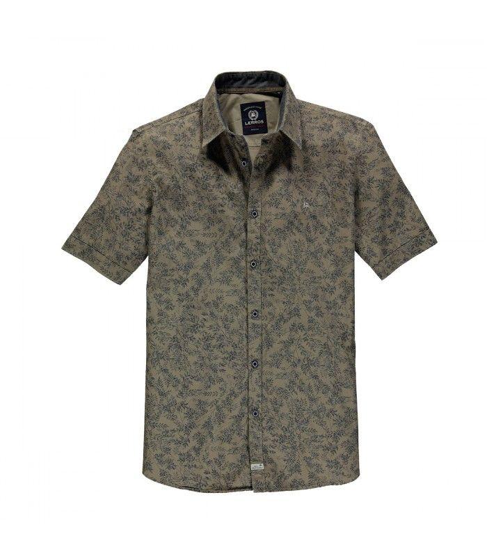 b5a900dad4 Camisa de botones con manga corta estampado de hojas para hombre ...