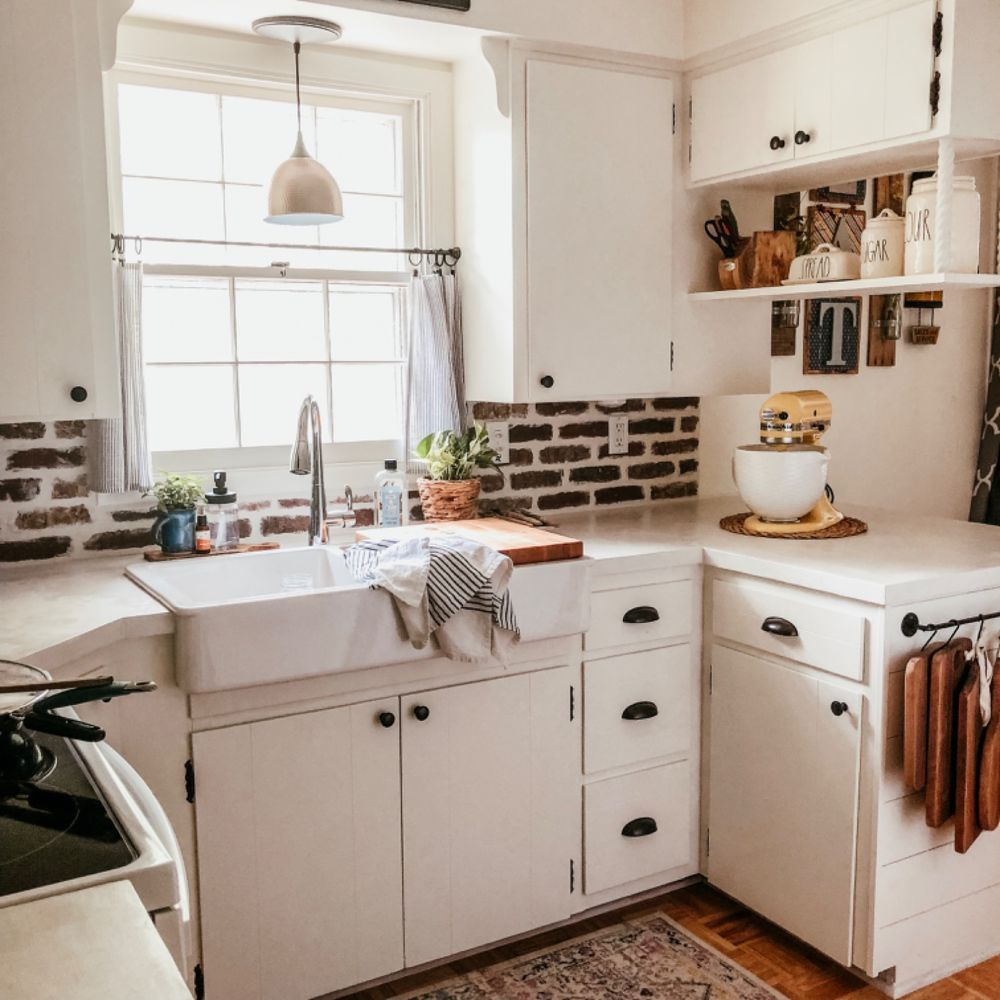 How To Build Diy Breakfast Bar Cabinet In 2020 Diy Cabinets Cabinet Transformations Kitchen Diy Makeover