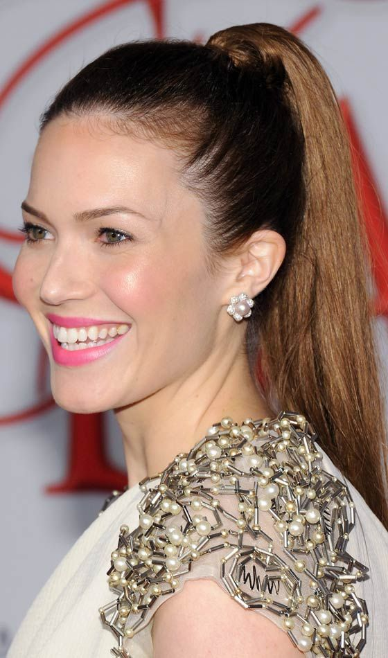 20 Most Flattering Hairstyles For Round Faces Hair Hair Styles