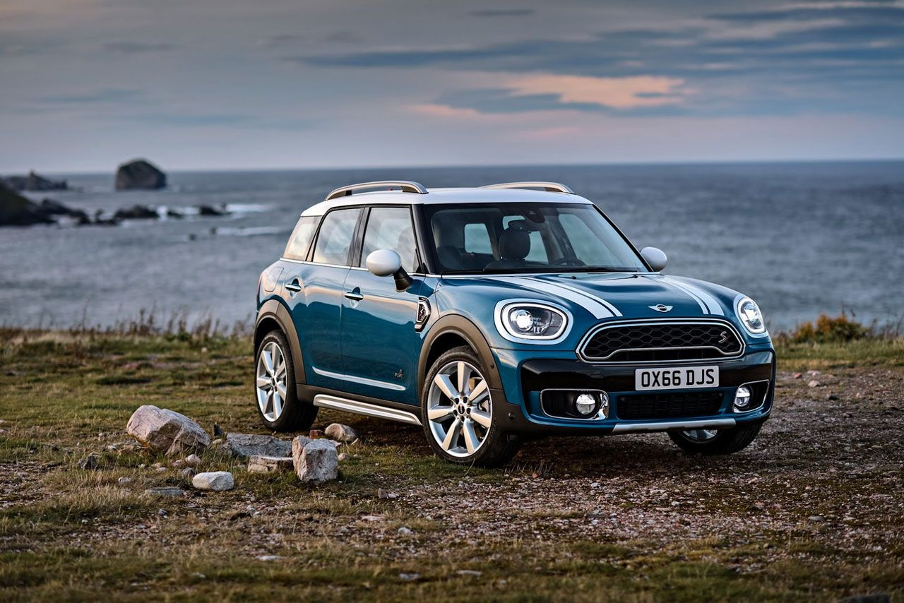 The new 2017 mini countryman has been revealed ahead of an la debut with improved