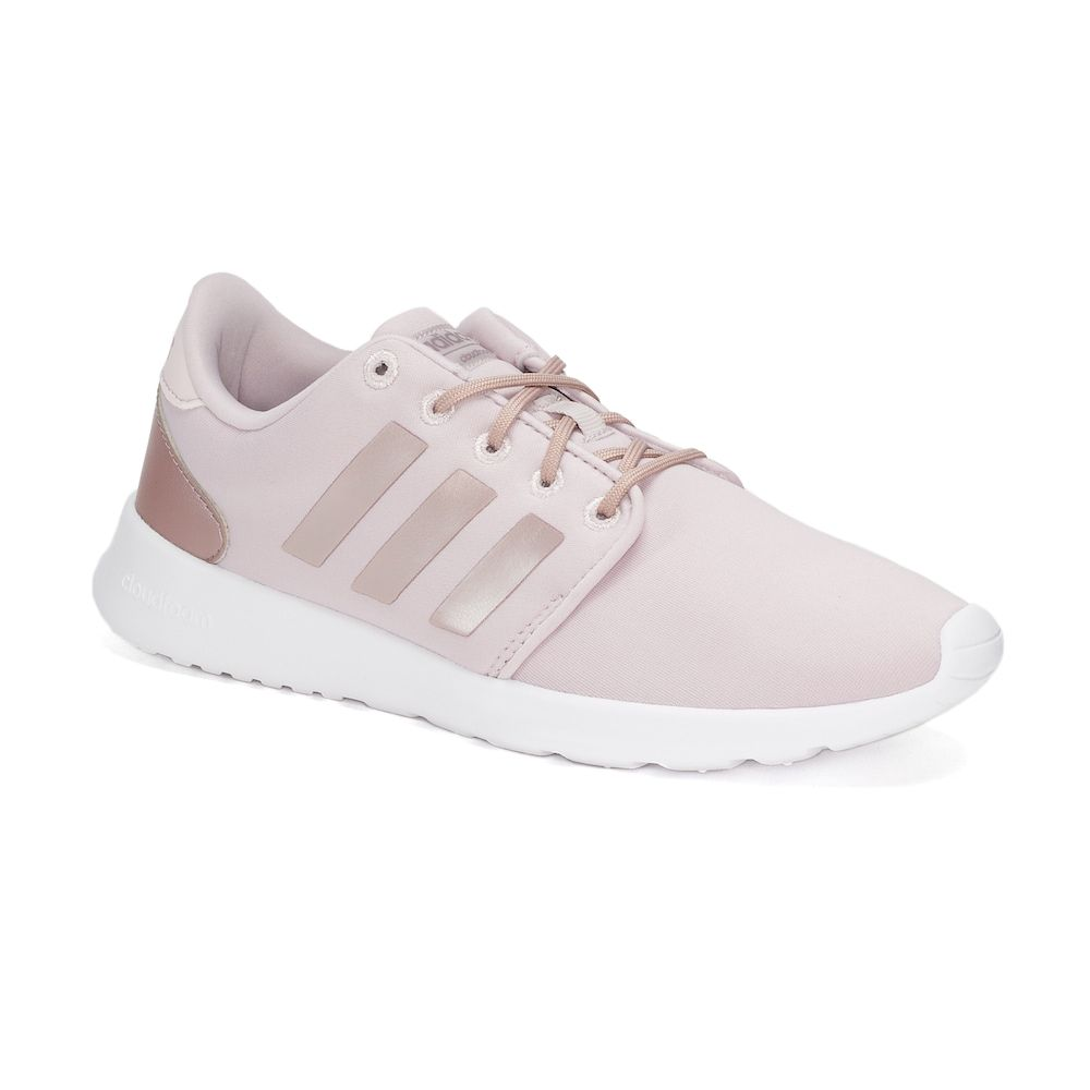 Step out in sleek street style and incredible comfort wearing the women's  Cloudfoam QT Racer shoes from adidas NEO.
