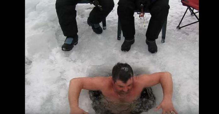 Αυτοί οι Καναδοί είναι τρελοί – Δείτε πως ψαρεύουν και θα σας φύγει το φλαπέτο! Crazynews.gr