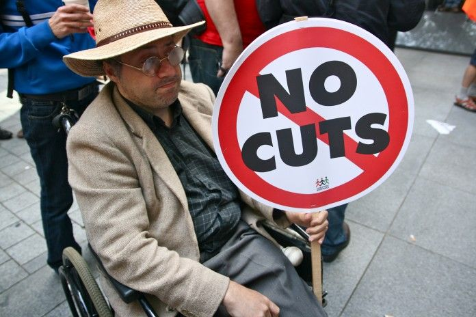 Photo of Die Arbeit muss härter arbeiten, um behinderte Menschen gegen Tory Cuts zu verteidigen