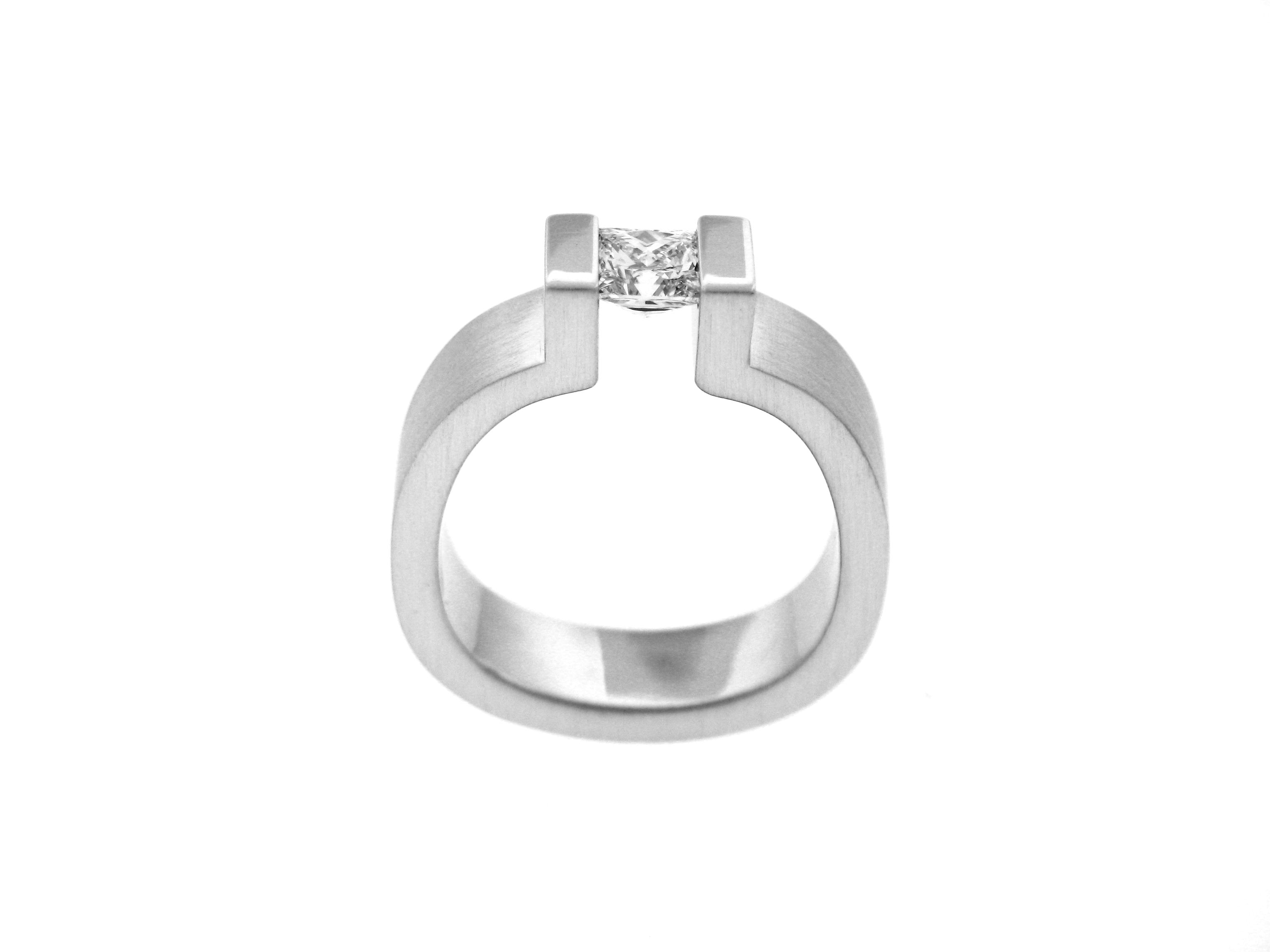 diamond cut with ladies a pin in princess set concept fabricated platinum tension rings ring