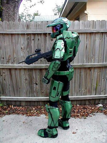 Halo Costume. Dave would wear this to work if he could | Halloween ...