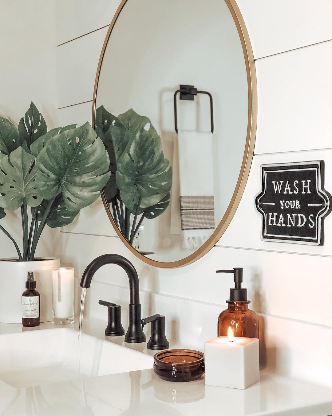 Bathroom Furniture Accessories We Re Loving Right Now In 2020