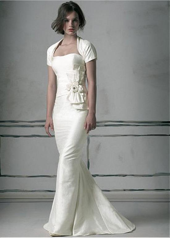 Delicate Taffeta Sweetheart Neckline Sheath Wedding Dress