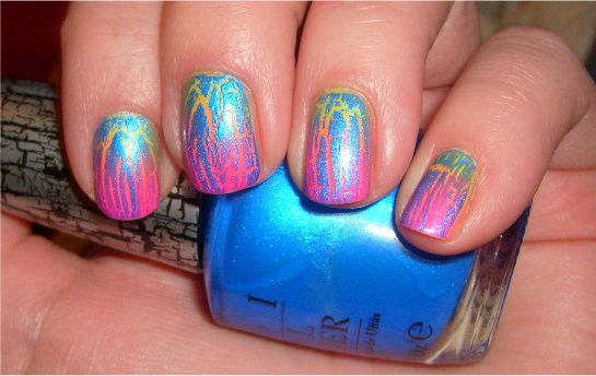 Neon gradient with shatter mani