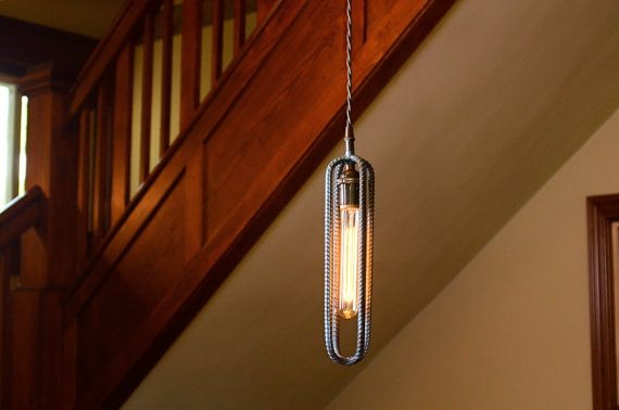 Industriel Rebar luminaire suspendu en finition par RebarnDesigns
