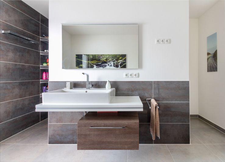 Moderner Waschtisch moderner waschtisch an raumtrennender wand im badezimmer eco
