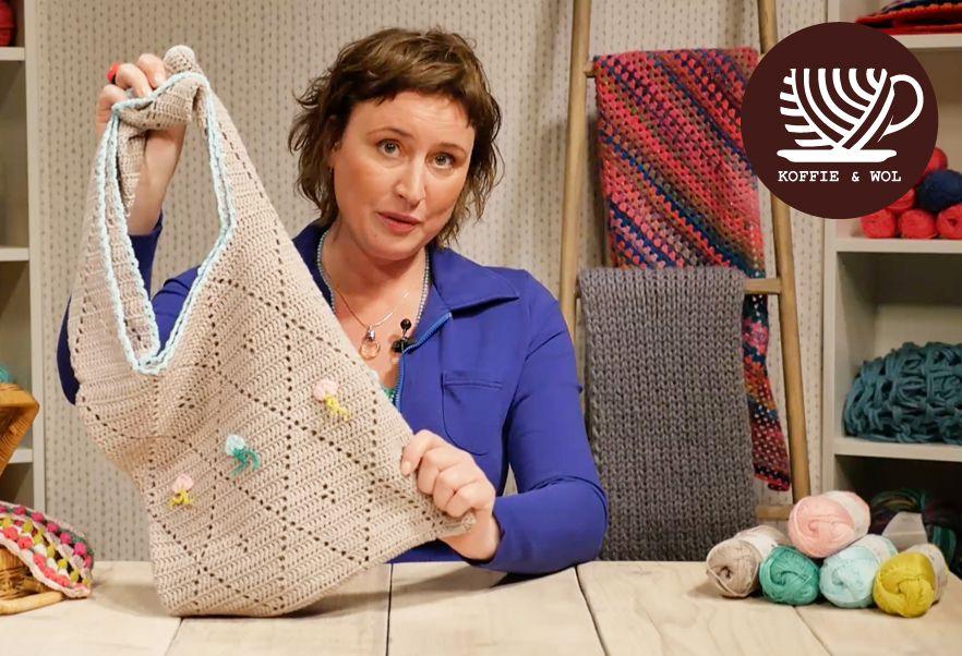 Capri strandtas, gratis patroon van Saskia voor Koffie & Wol. ♥♥ Fliet beach bag, free pattern in Dutch with chart.