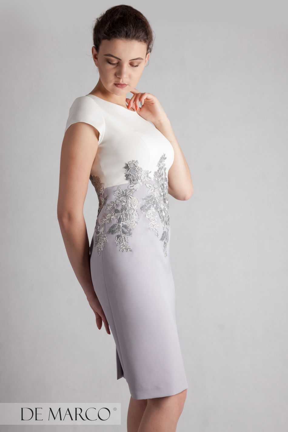 50fa9b9e3c Stylizacja dla mamy pana młodego   młodej pani. Sukienka na wesele 2019   demarco