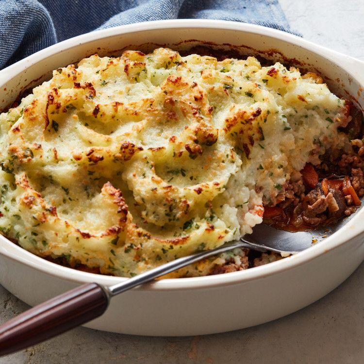 Beef Shepherd S Pie Recipe In 2020 Food Network Recipes Recipes Shepherds Pie