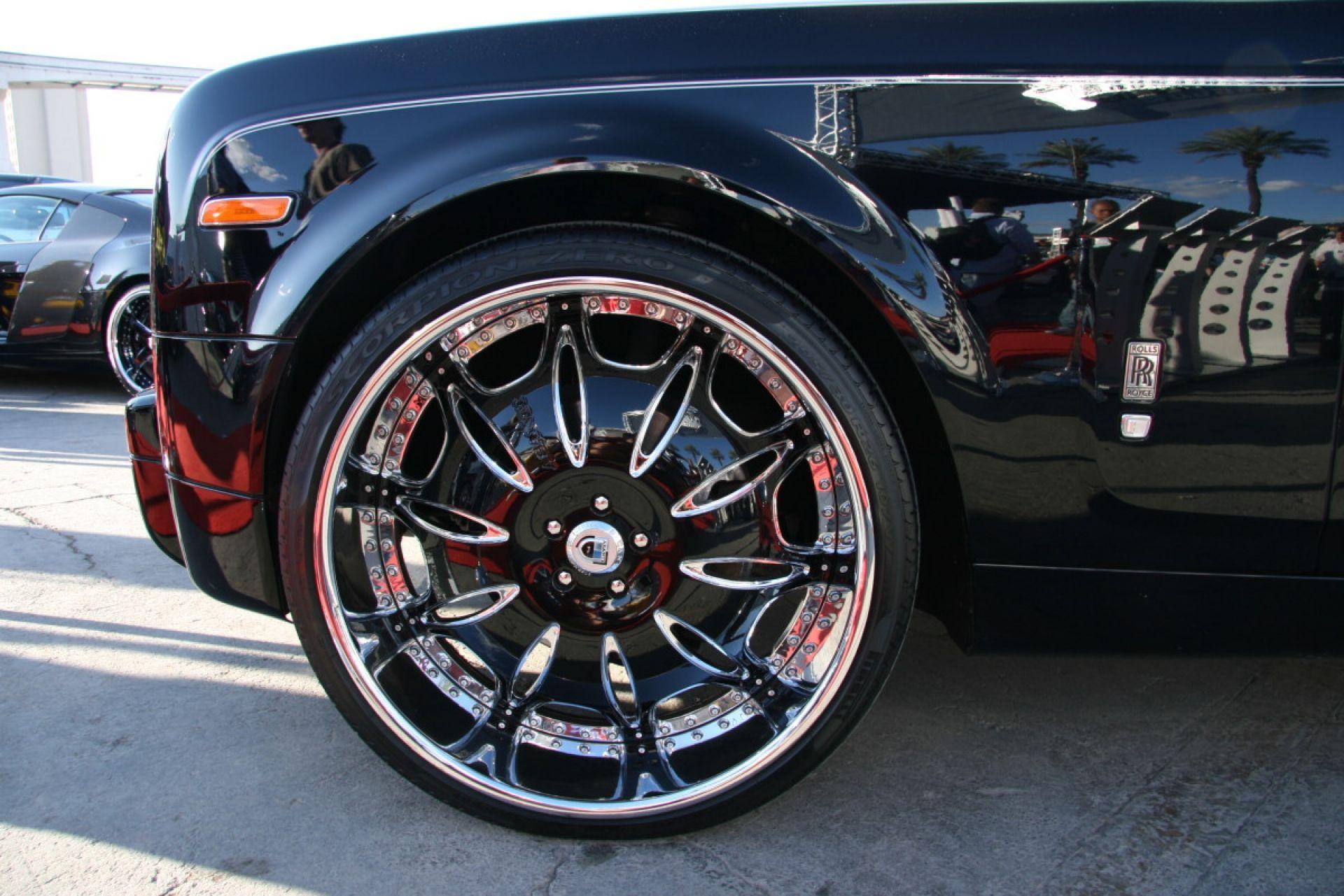 Black Jaguar XF On Asantis VS White Kleanfacer Whipz - Cool cars rims