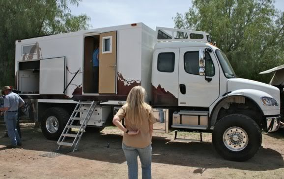 Global Xpedition Vehicles - Freightliner M2