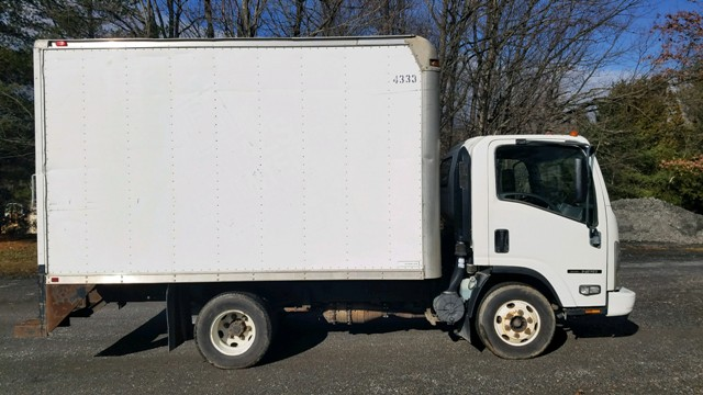 2007 Isuzu Npr Box Truck Your Trucks For Sale Trucks For Sale Trucks Sale