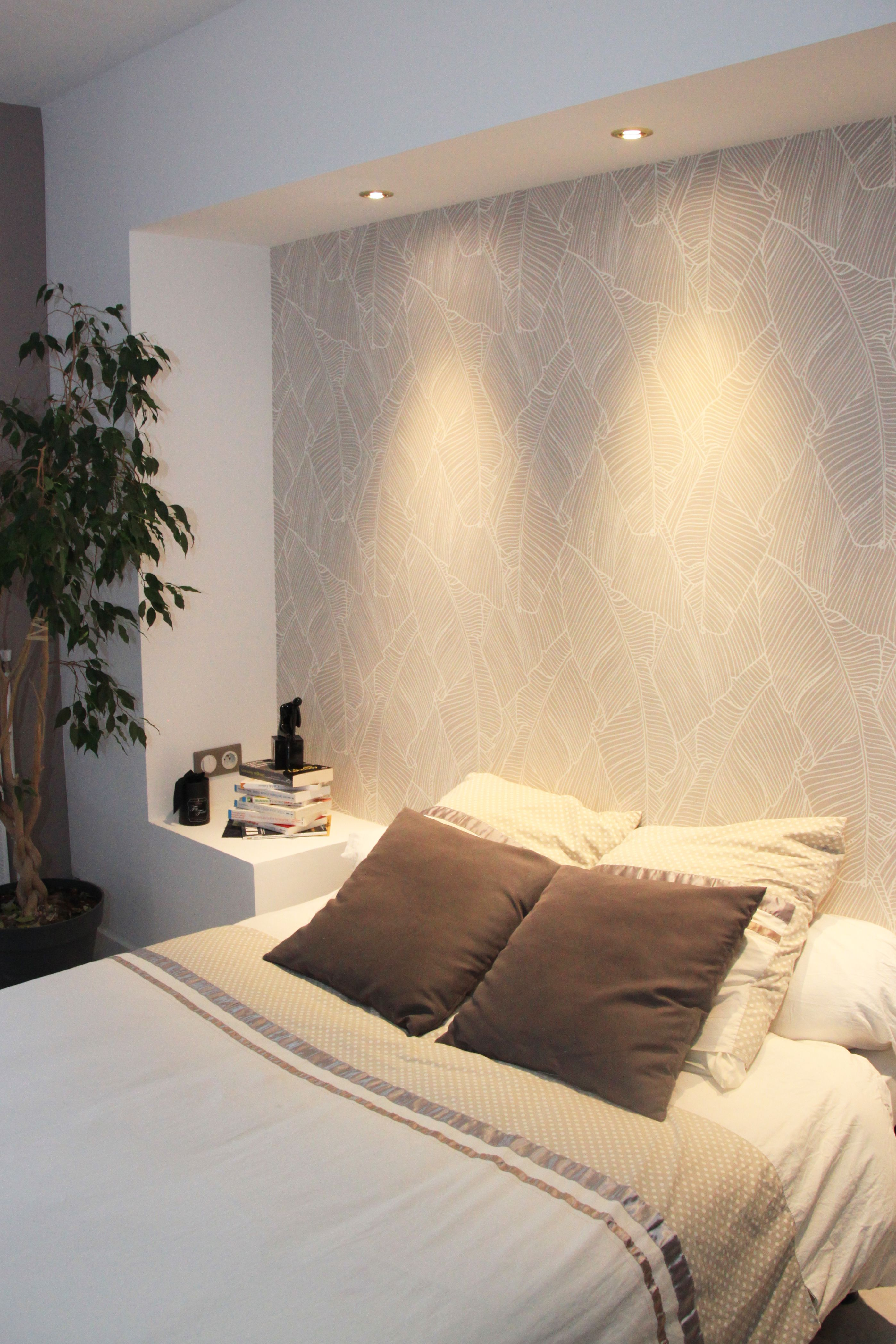 caisson ruban intégrant des spots pour tªte de lit avec papier