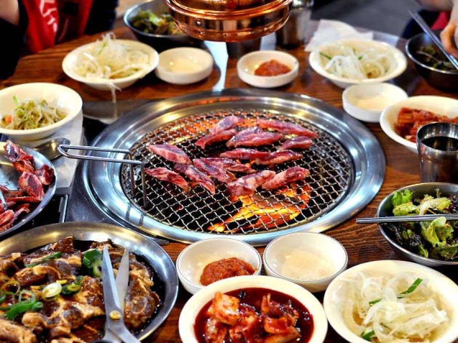 But where are the 11 best spots to pick up korean barbecue in seoul? 10 Delicious Food to Eat in Seoul Korea   Korean bbq