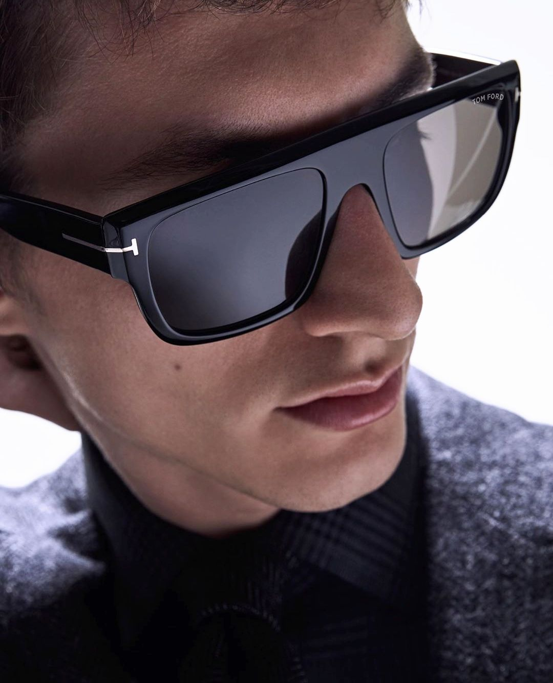 Let Your T Shine With Tom Ford Sunnies Wellframed Tom Ford