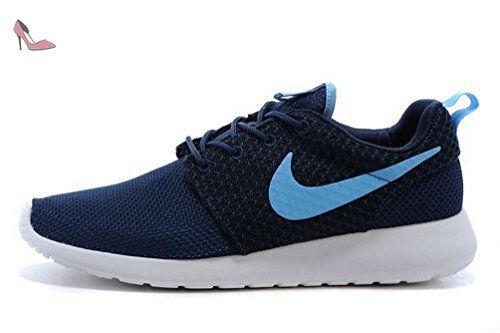 Nike Roshe One womens (USA 8) (UK 5.5) (EU 39)