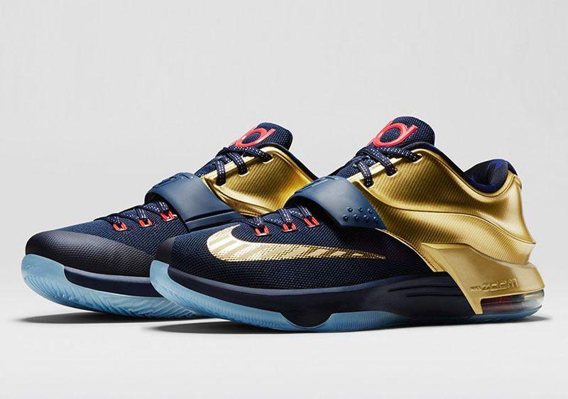 Nike couvre d'or les pieds de Kevin Durant. Kd 7Kd ...