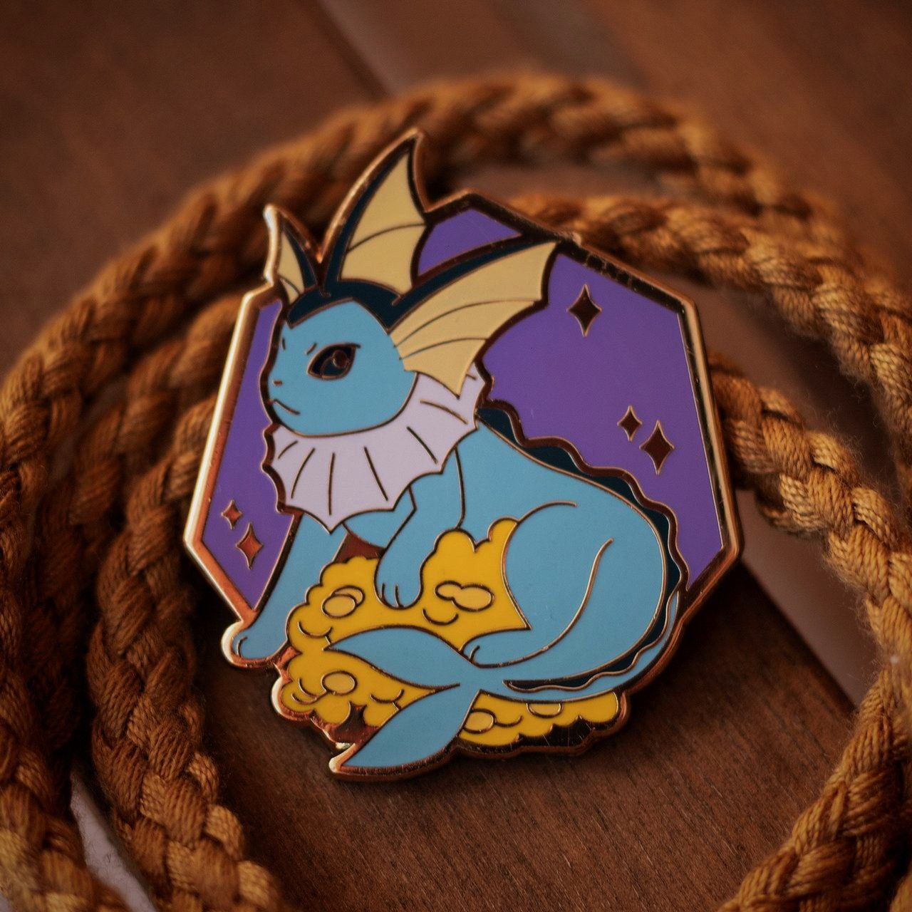 Pins made by thisispinsane -Pokemon Pins made by thisispinsane -  This creepy cute Wallmaster just
