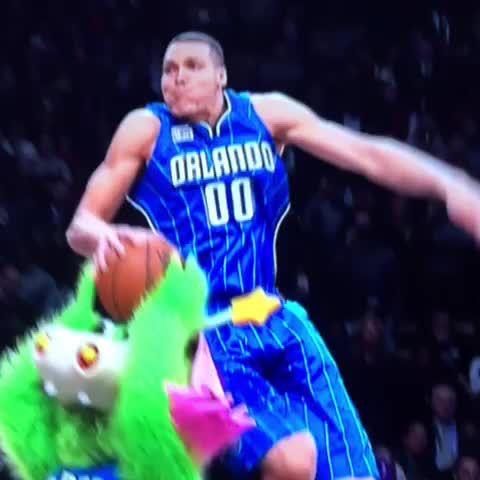 "NBA vines on Twitter: ""Aaron Gordon shoulda won on this alone https://t.co/pQBcQdpDGf"""