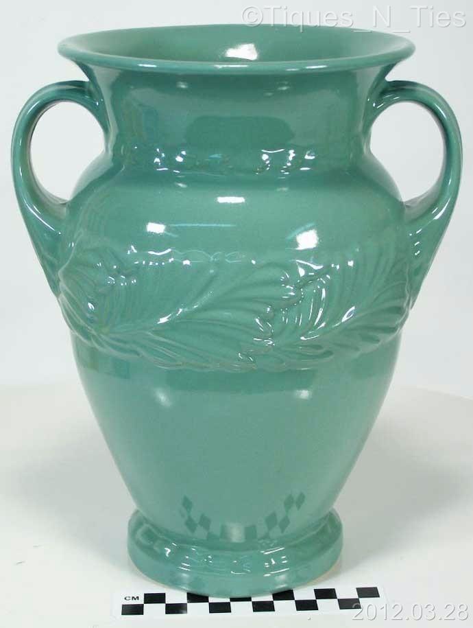 Vintage Large 9 34 Abingdon Vase 117 Green Glaze Acanthus Leaf