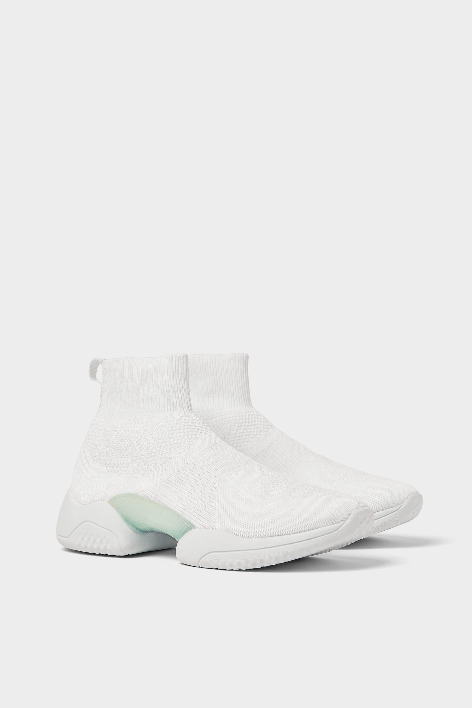 adidas yeezy new york zara