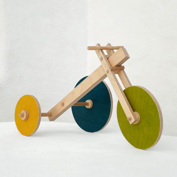 The Asymmetricycle puzzle toy - Design toy by The Wandering Workshop