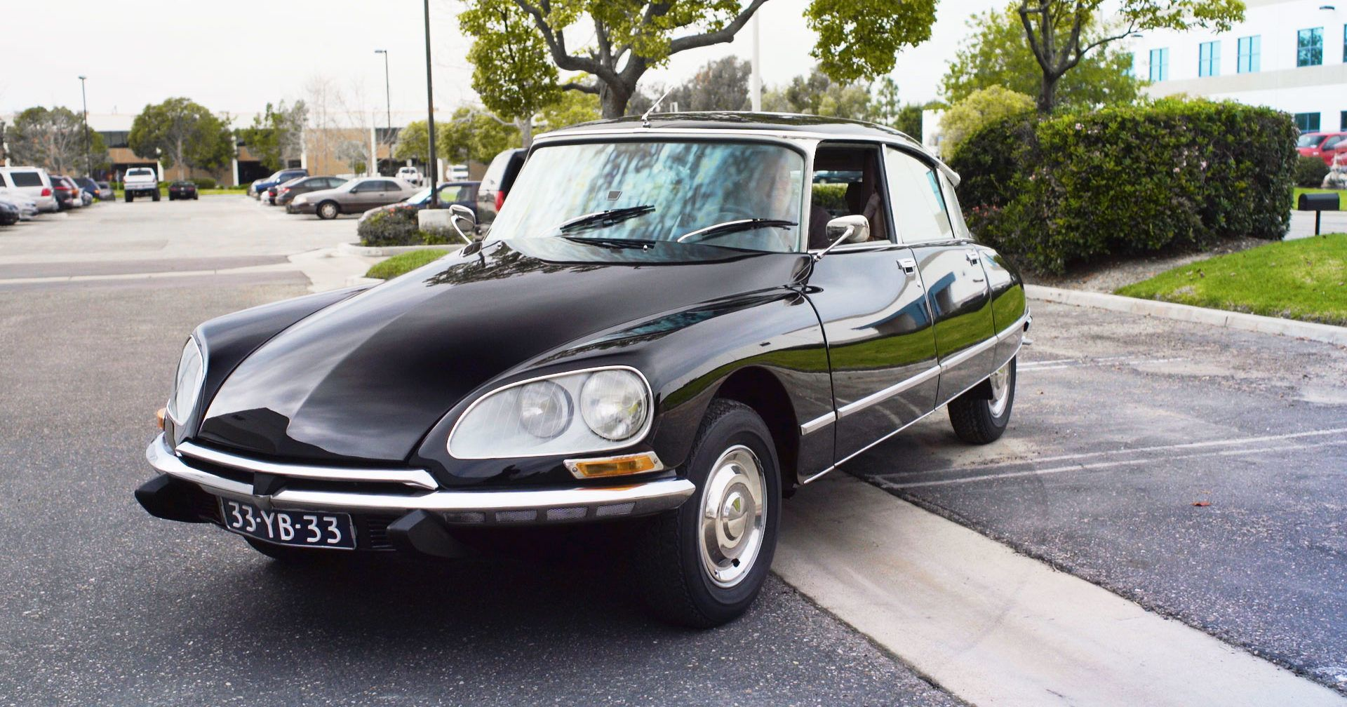 The 1955 Citroen DS Is The Auto Industryu0027s Platypus: Bizarre, Delightful,  And Inimitable