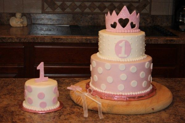 Sensational Wanda I Like This One 1St Birthday Princess Cake With Little Funny Birthday Cards Online Alyptdamsfinfo
