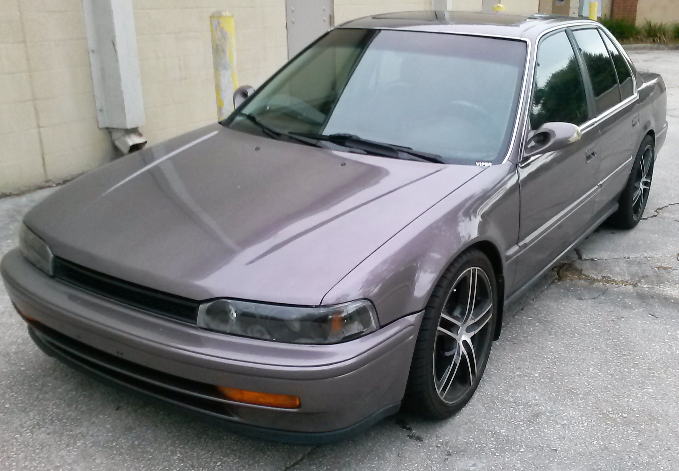 my 92 accord just after getting painted with 18 inch rims. Black Bedroom Furniture Sets. Home Design Ideas