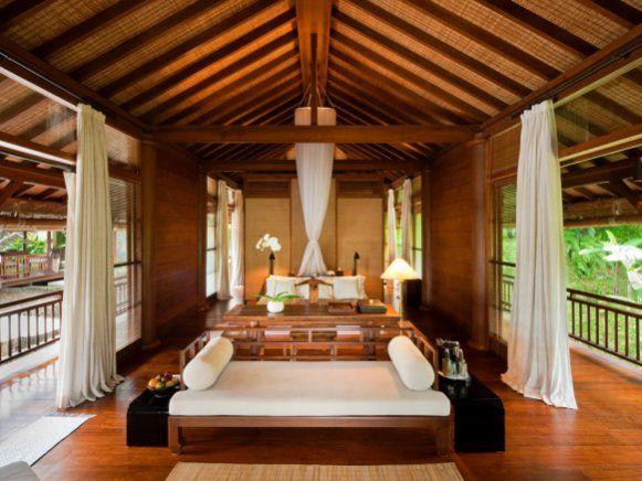 Zu den fünf Residenzen im balinesischen \