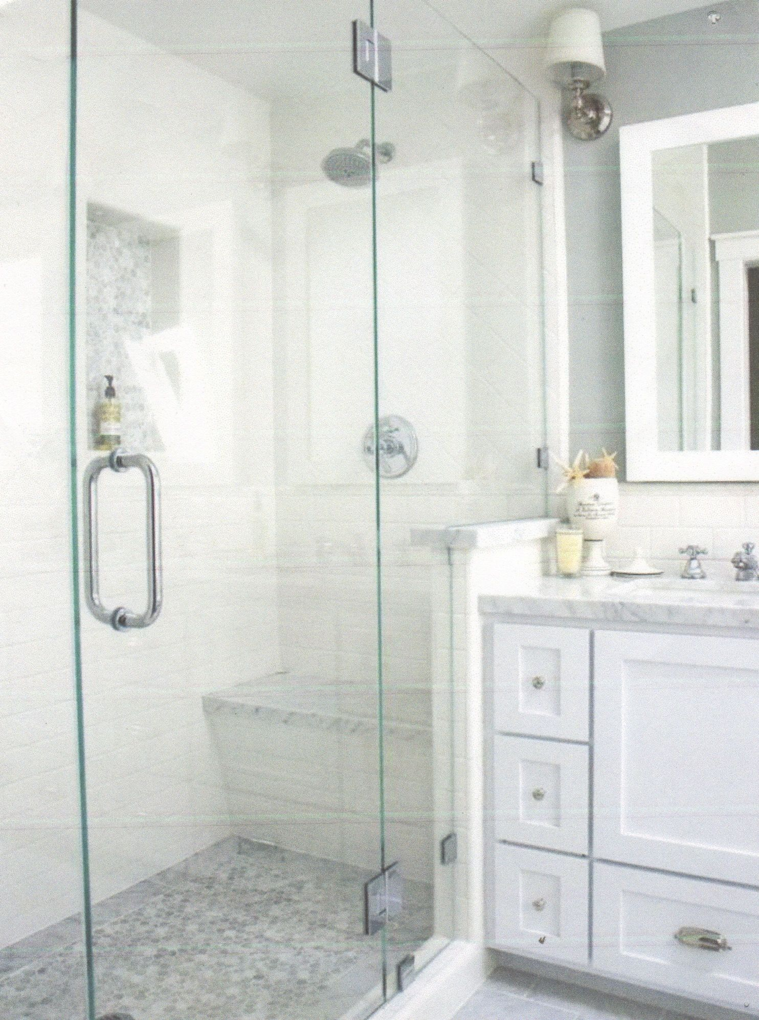 10+ Beautiful Half Bathroom Ideas for Your Home | Glass shower ...