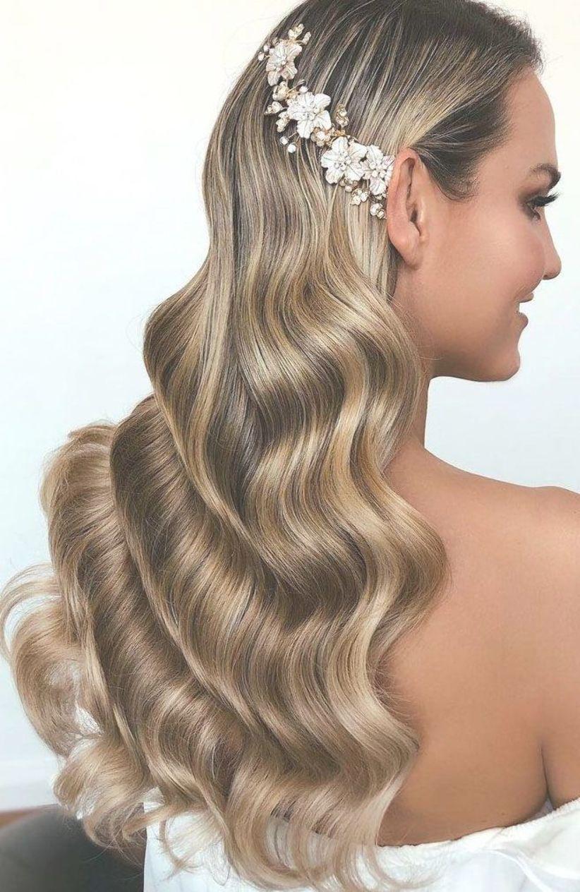 Elegant Wedding Hairstyles Best Wedding Hairstyles Wedding Hair Down Hairstyles Wedding Hairstyles Wavy Wavy Wedding Hair Elegant Wedding Hair Hair Styles