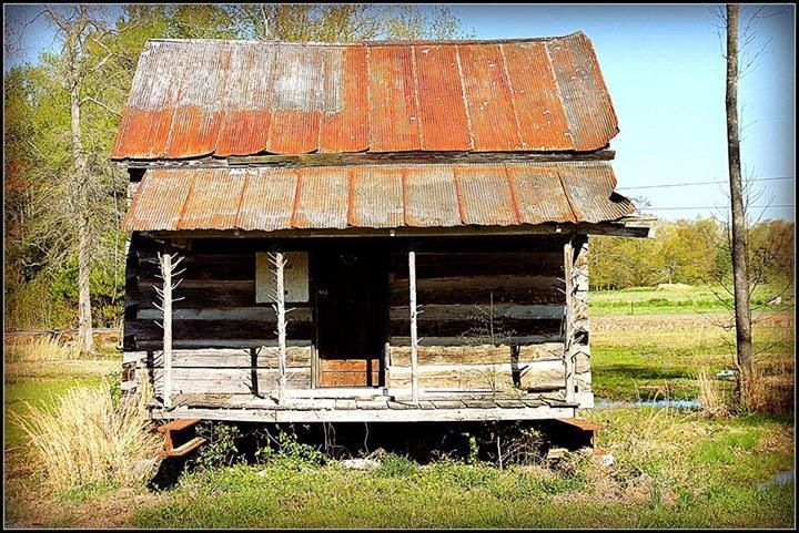 Sharecropper 39 s house landscapes old buildings for Log cabin builders in alabama