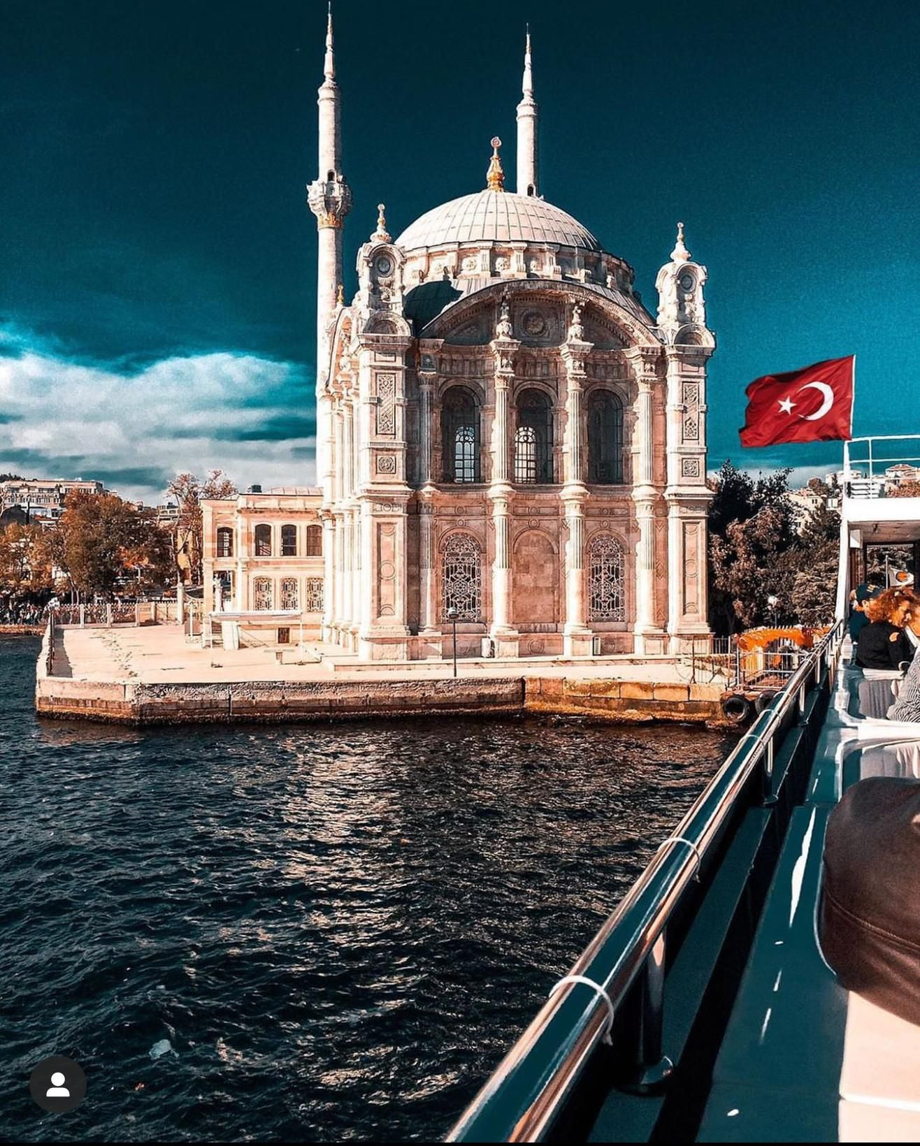 Ortakoy Mosque In Istanbul Turkey One Of The Few Baroque Mosques In Europe 1316 X 1640 Istanbul Turkey Photography Istanbul Turkey Istanbul City