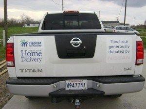 Nissan Gets 7 Heisman Trophy Winners To Build House For Habitat For Humanity Heisman Trophy Winners Habitat For Humanity Nissan