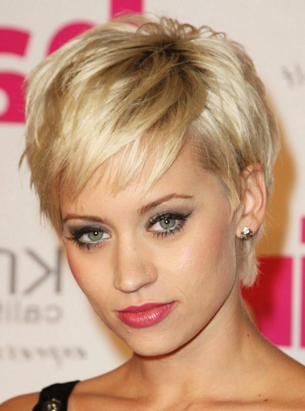 Die Besten Ideen Kurze Frisuren Fur Dicke Haare Langes Gesicht Schauen Sie Sich Die Kurze Haarschnitte Short Hair Styles Short Hairstyles Fine Short Thin Hair