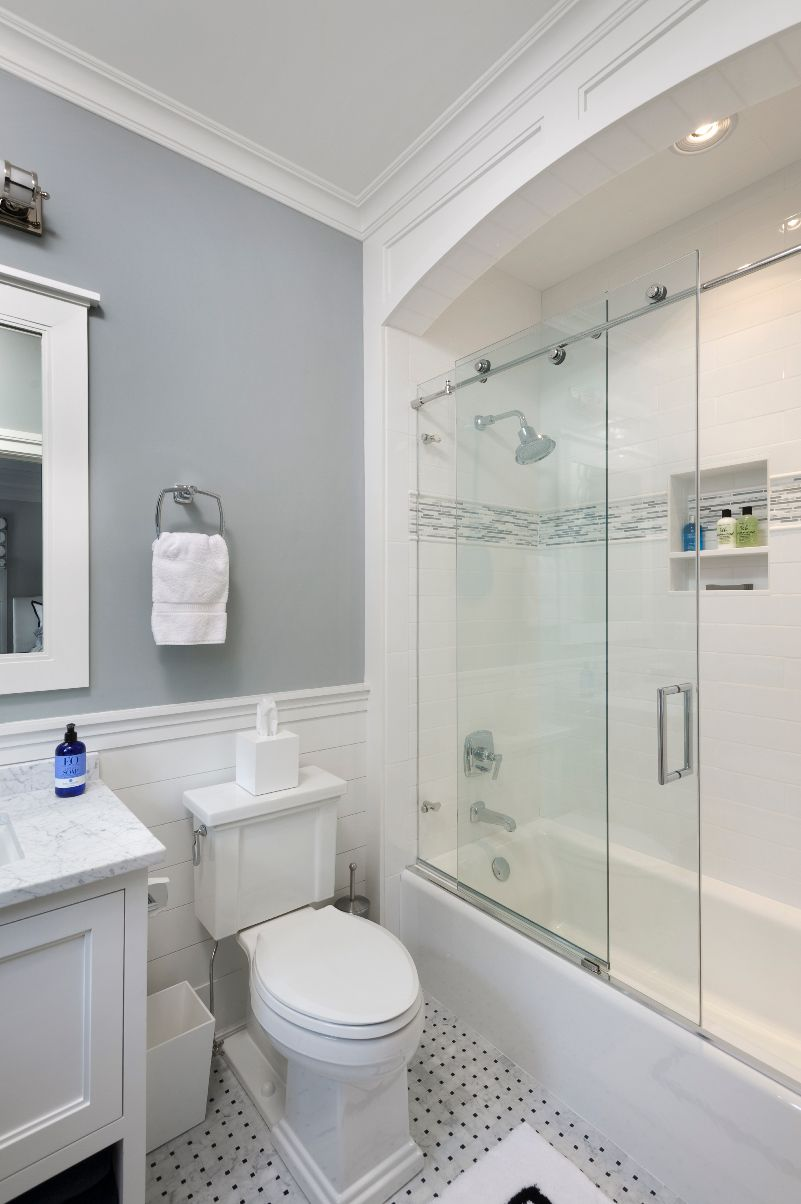 Interesting Framing Trim Around Bathtub Walls
