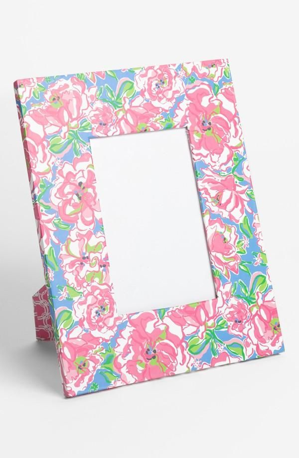 Adorable! Lilly Pulitzer Picture Frame | Holiday | Pinterest | Lily ...