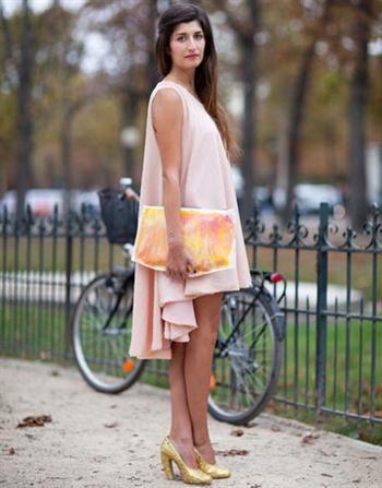 Hi LO tank dress is elegant with oversized clutch and pop heels.