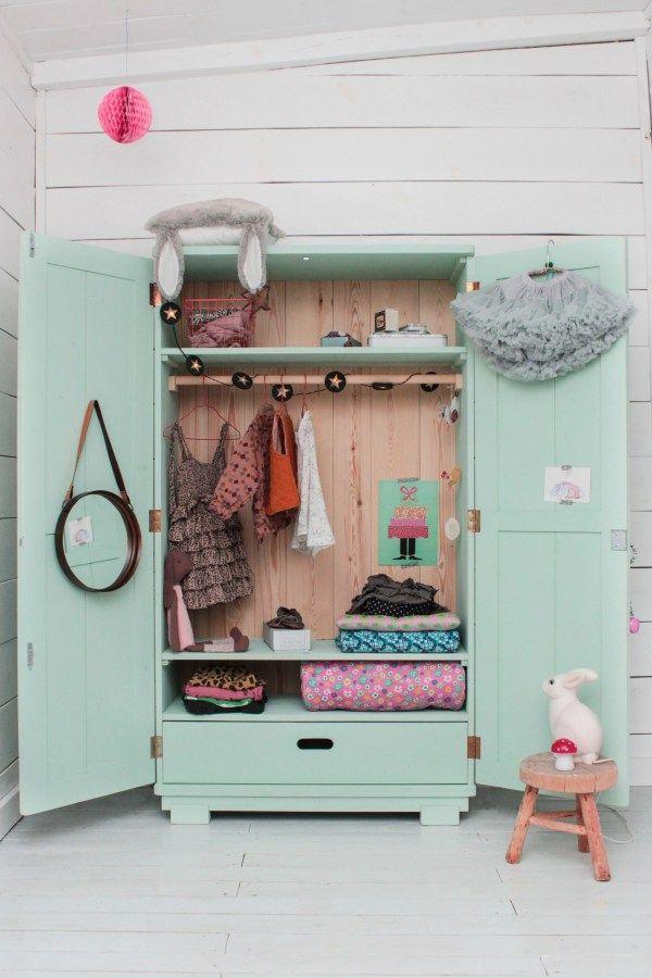 Favori rangement vintage pour chambre d'enfant, armoire repeinte vert d  CH64