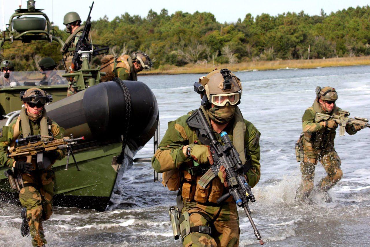 U.S. Navy Riverine Squadron (documentary) The Riverine Squadrons ...