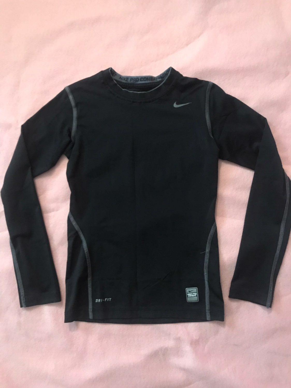 Gently Used Youth Nike Pro Combat Under Shirt Black Grey Size Medium Compression Nike Pro Combat Combat Shirt Nike [ 1500 x 1124 Pixel ]