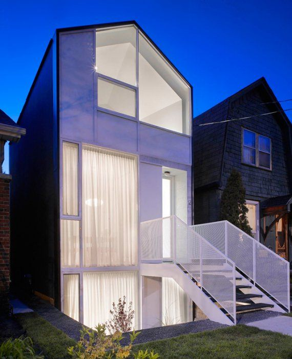 a contemporary castle among the common cool home in toronto