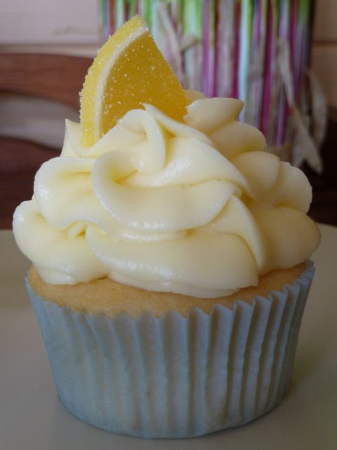Yellow Buttermilk Cupcakes with Lemon Cream Cheese Frosting.  I assume Lemon from Hart of Dixie would approve.