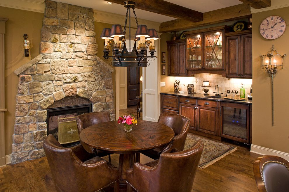 Family Room - traditional - Family Room - Minneapolis - Bob ...