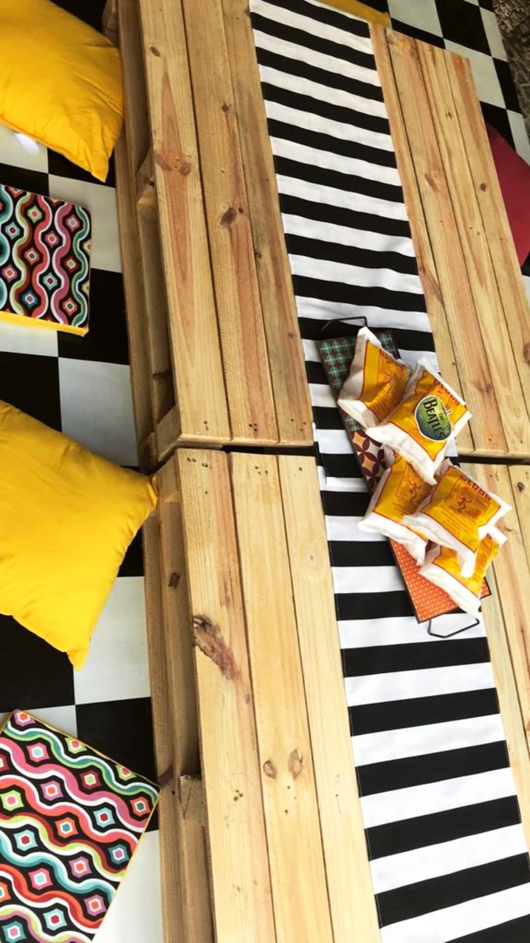 Locacao De Paineis De Madeira Mesas E Objetos Decorativos